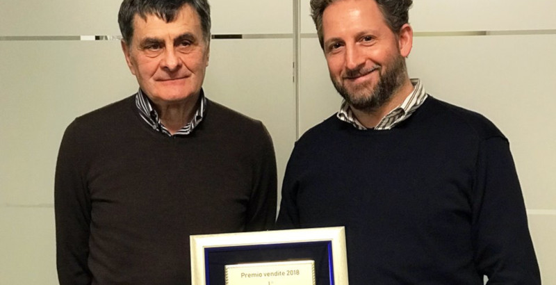 """""""Premio Vendite Mitsubishi"""" a Officina del Carrello"""